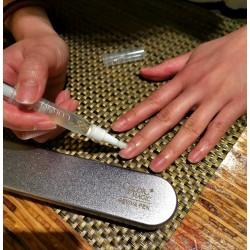 全新推出Color Magic有機指甲修護筆(Reviva Pen)